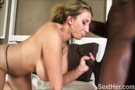 Dese sex bathroom video dawnlod