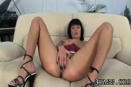 Chalti bus me bhid me romance sex video