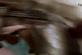 चूतमे पानि गिराना