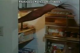 Hot garl rep knnd video